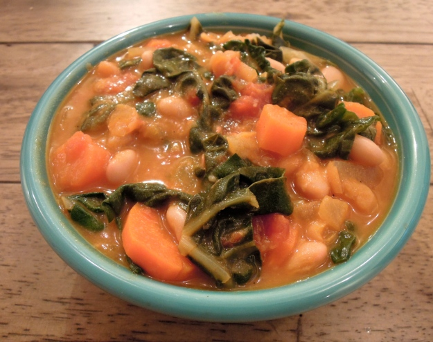 White Bean Soup (with lots of veggies!)