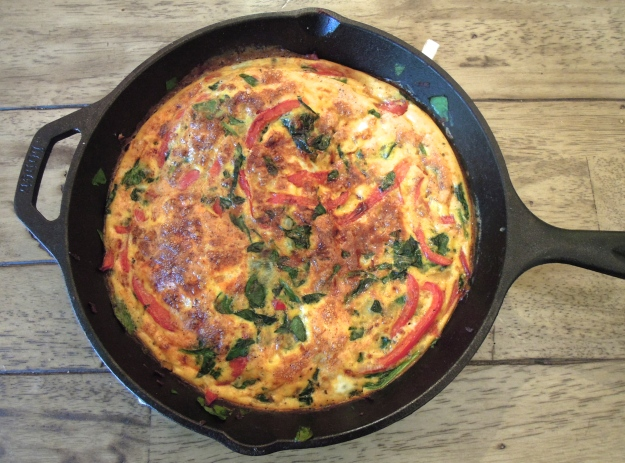 Frittata with red peppers & spinach