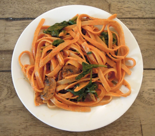 Red Pepper Pasta with Mushrooms & Spinach